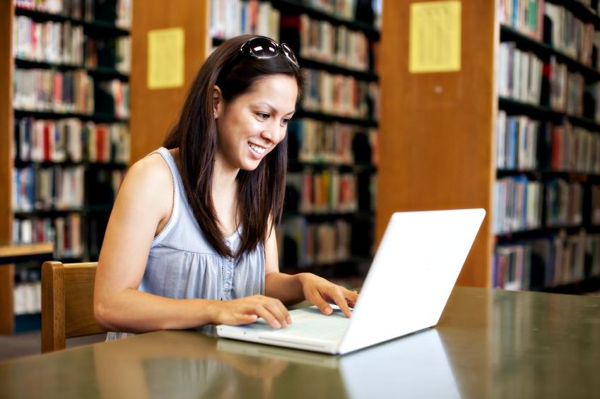 Bibliotecile se transformă în săli de internet