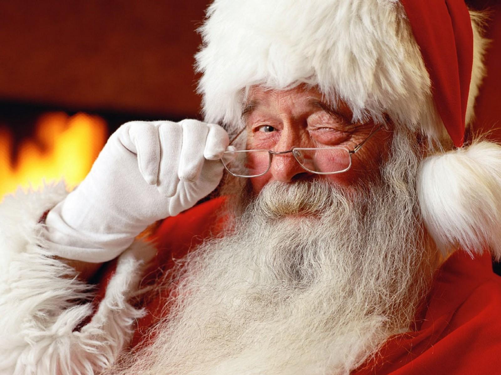 Google și Microsoft au pornit pe urmele lui Moș Crăciun