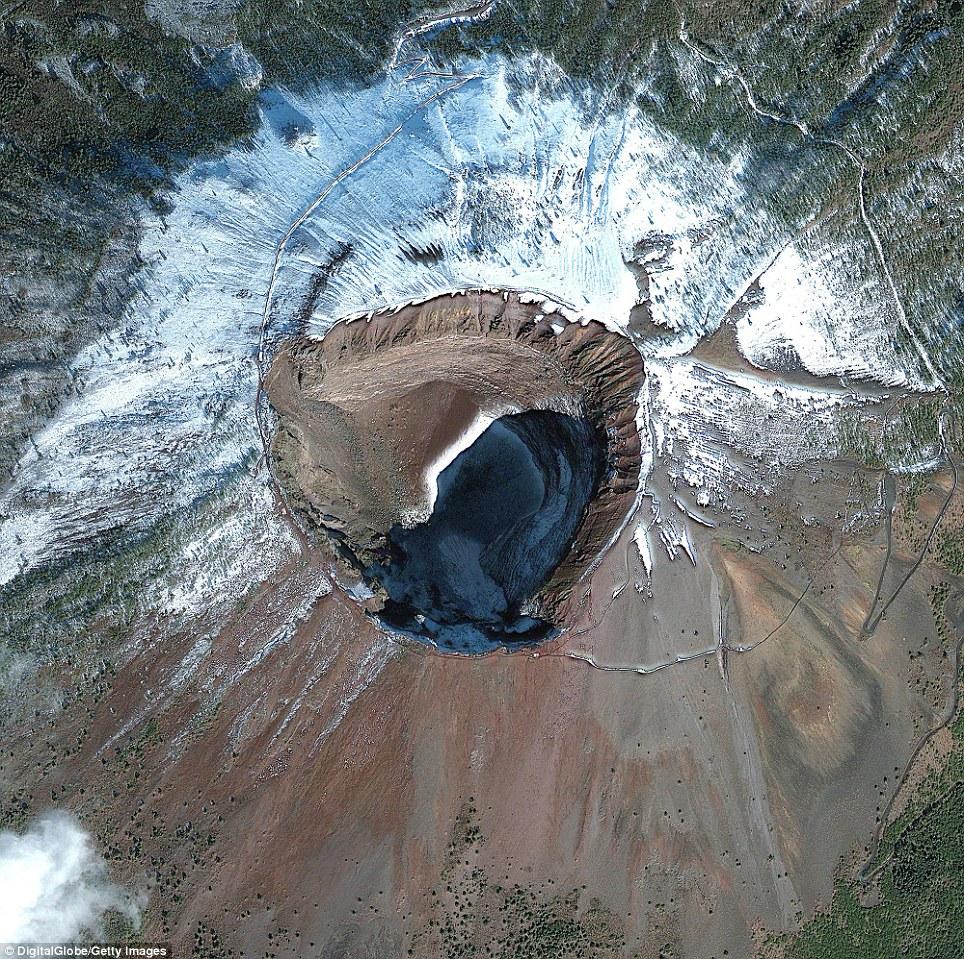 Vezi cele mai spectaculoase imagini ale Pământului, surprinse din spațiu