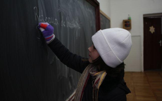 Șase școli din Târgoviște au rămas, în continuare, fără nicio sursă de încălzire