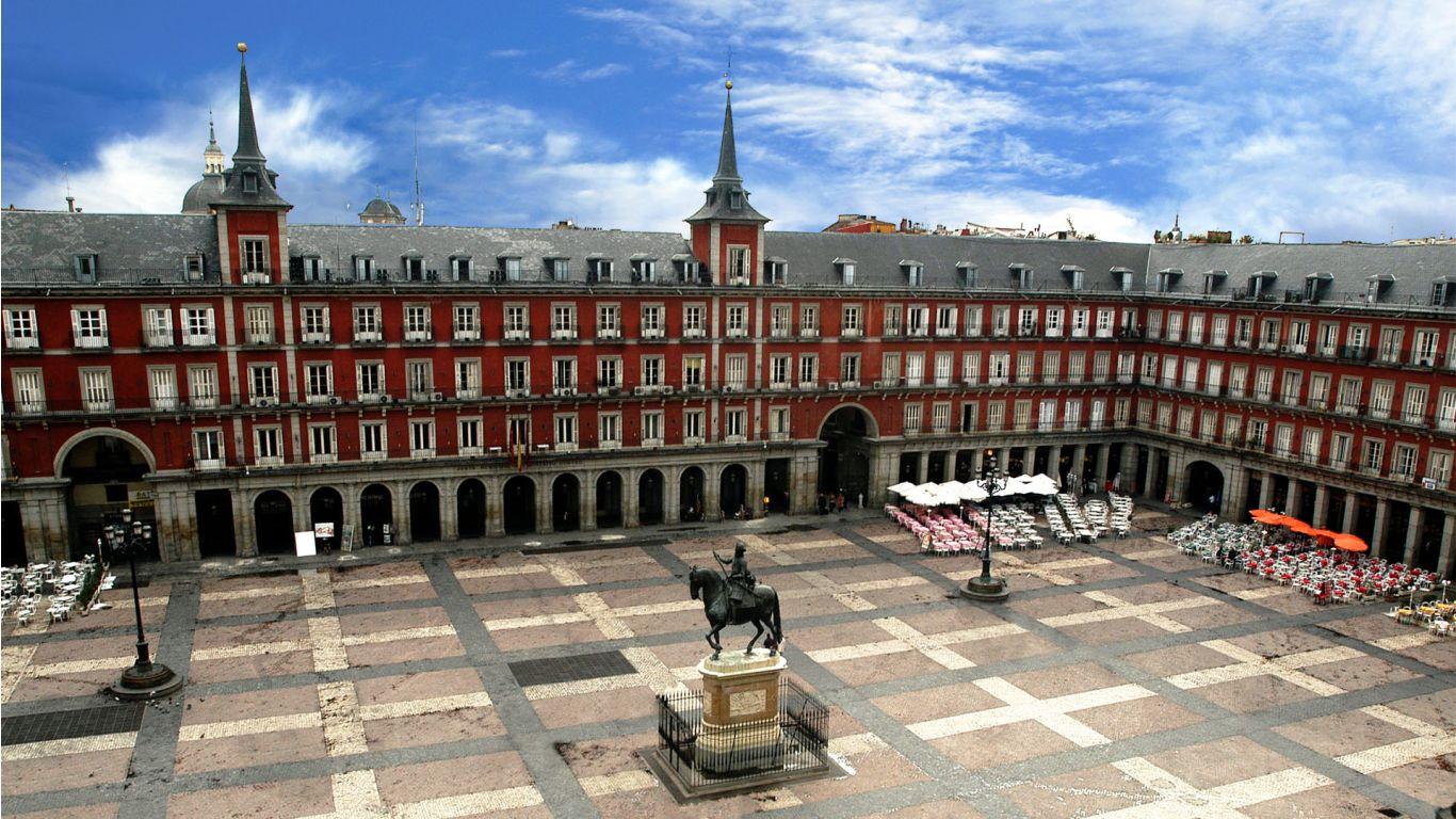 Ambasada României la Madrid organizează stagii de practică pentru studenți sau tineri absolvenți