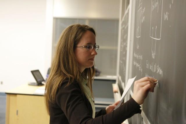 Șefii de la Educație muncesc de zor la Codul Etic