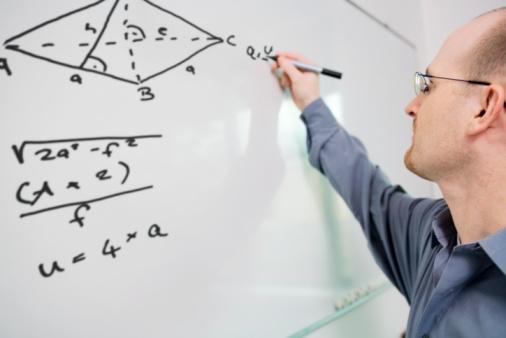 Profesorii care au participat la stagii de formare vor beneficia de credite profesionale transferabile