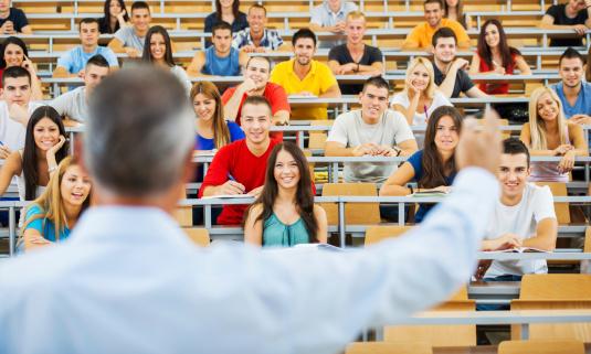 ANOSR a publicat lista universităților cu rată mare de abandon în rândul studenților