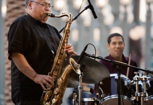 Astăzi este Ziua Internațională a Jazz-ului!
