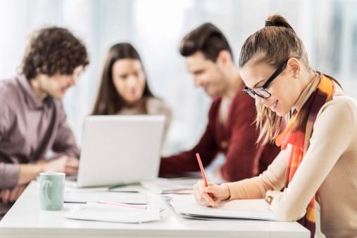 Studenții cer Ministerului Educației servicii funcționale de consiliere și orientare în carieră