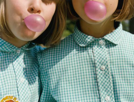 Elevii care mestecă gumă înainte de teste obțin note mai bune