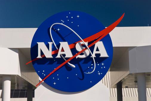 "Statul va finanța participarea elevilor români la competiția ""NASA Space Settlement"""