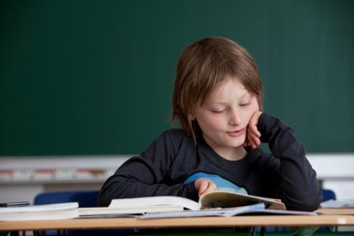 Ministerul Educației a publicat criteriile după care se vor face noile manuale de religie