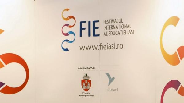 Vineri începe la Iași Festivalul Internațional al Educației