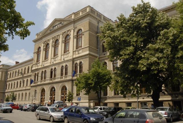Cei mai buni studenți de la Universitatea Babeș-Bolyai vor fi recompensați cu burse speciale de execelență