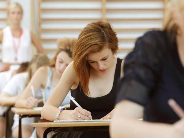 Baftă la examene! Începe BAC-ul