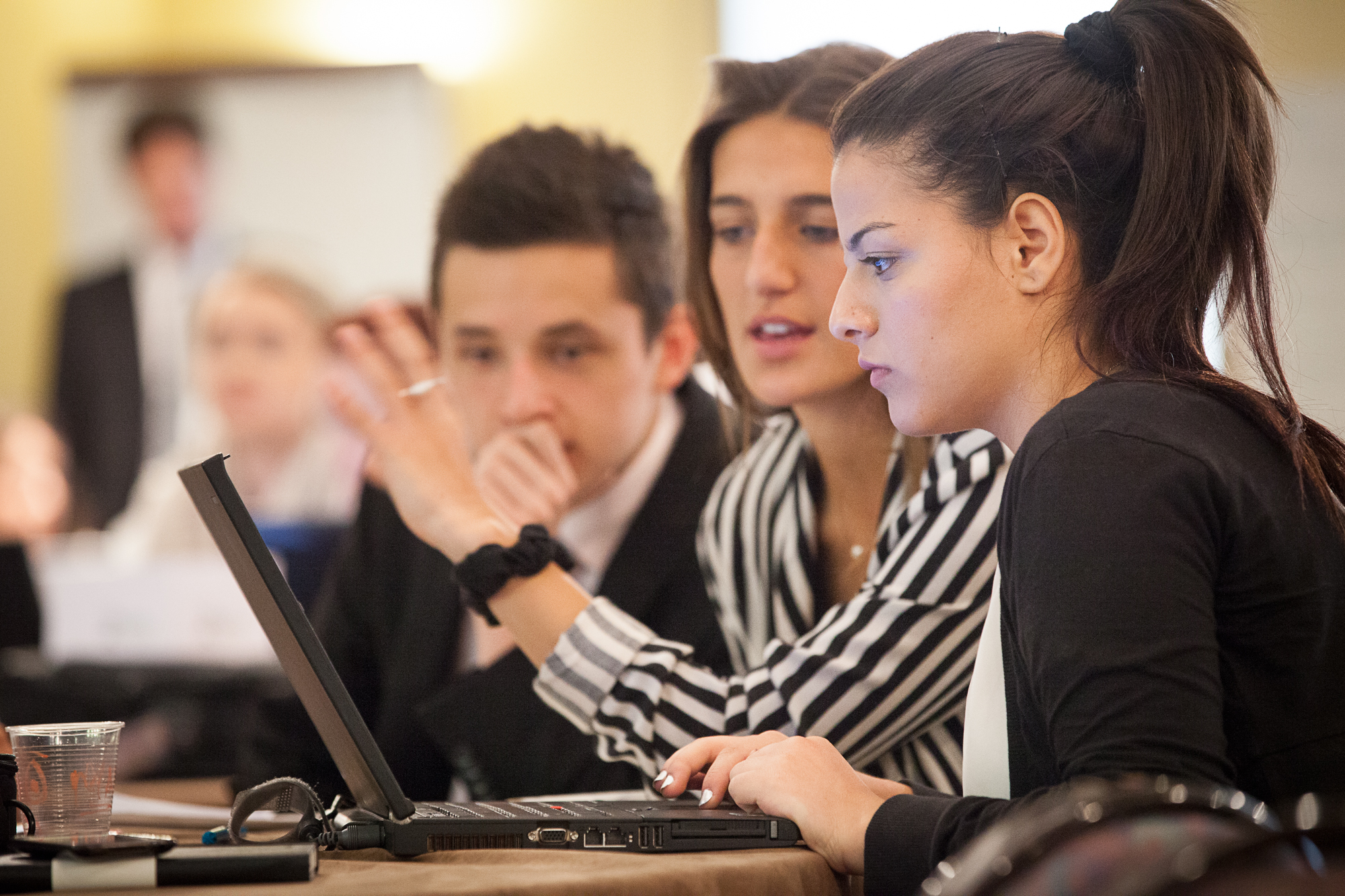 Din aceasta vară, tinerii români pot obține Certificatul european de abilități antreprenoriale