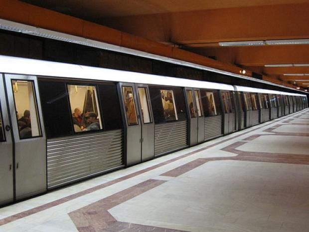 Metrorex a modificat programul caselor speciale pentru abonamentele studenților