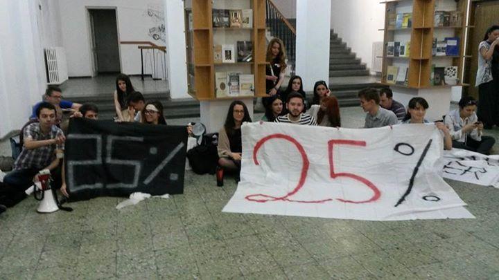 Studenții vor continua protestele. Occupy-urile s-au extins în 8 centre universitare!