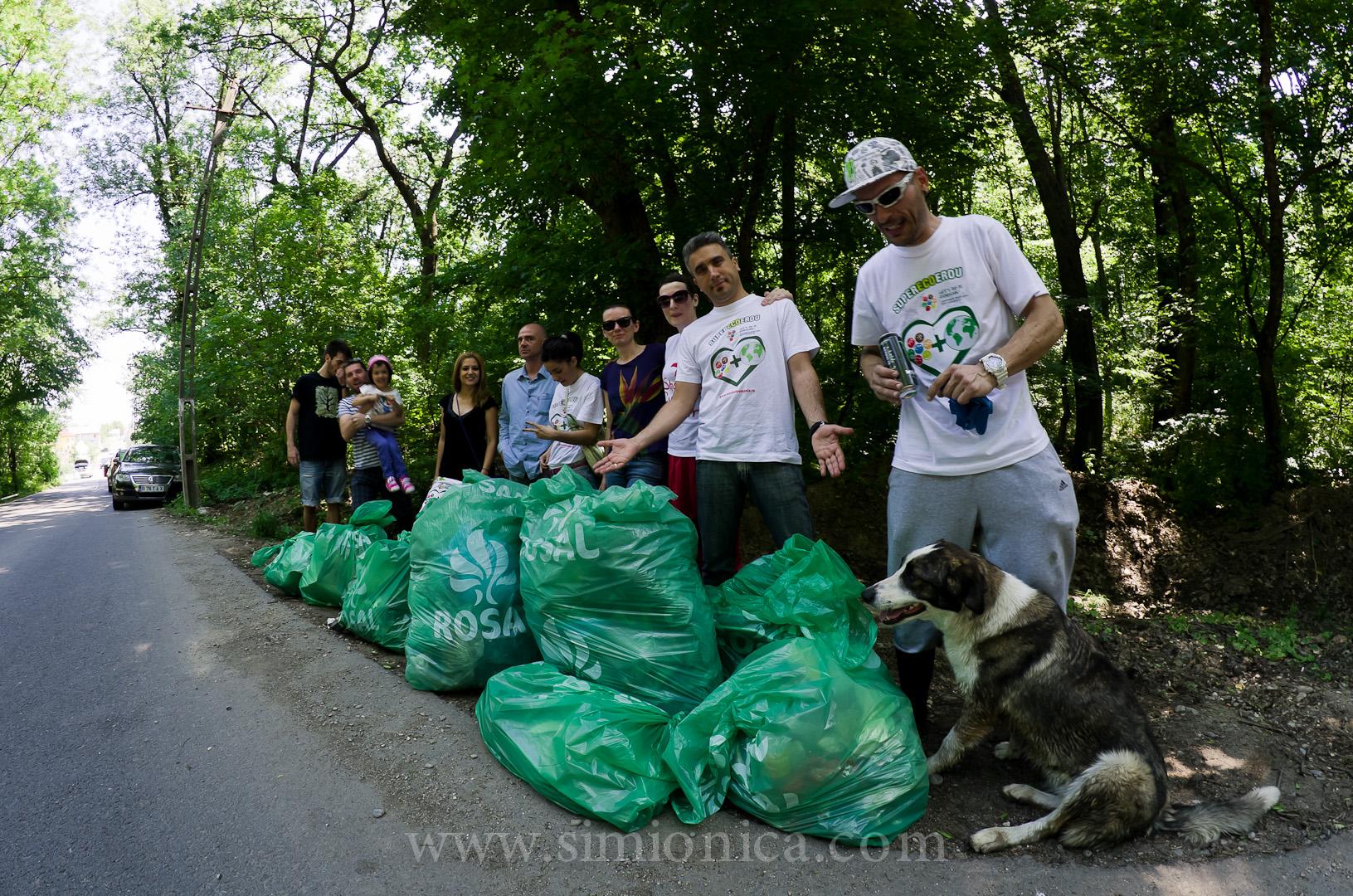 S-au strâns 20 000 de dolari pentru aplicația care va curăța România de deșeuri