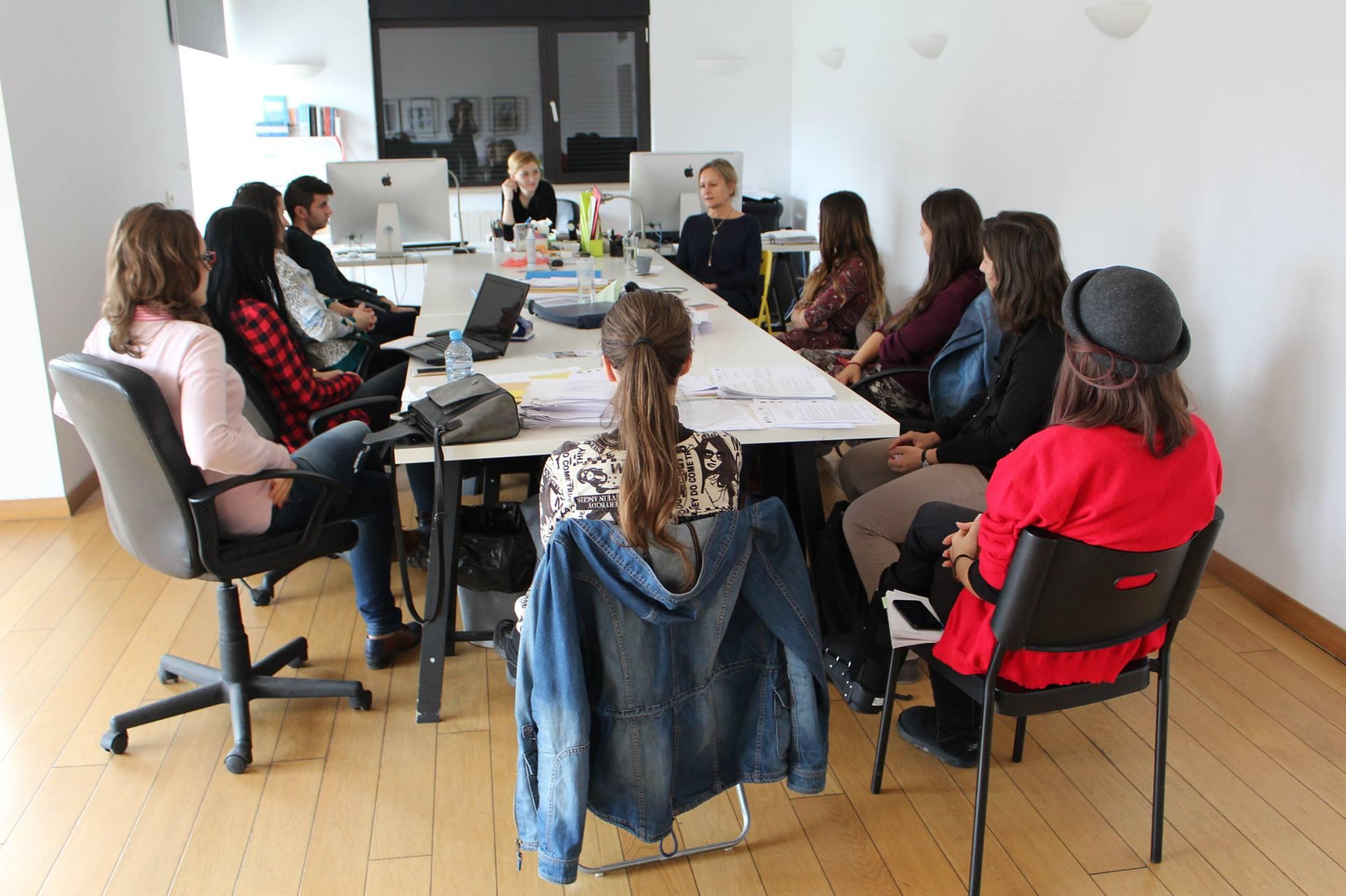 Proiectul european DIGIPUB la final: practică plătită în edituri pentru 167 de studenți