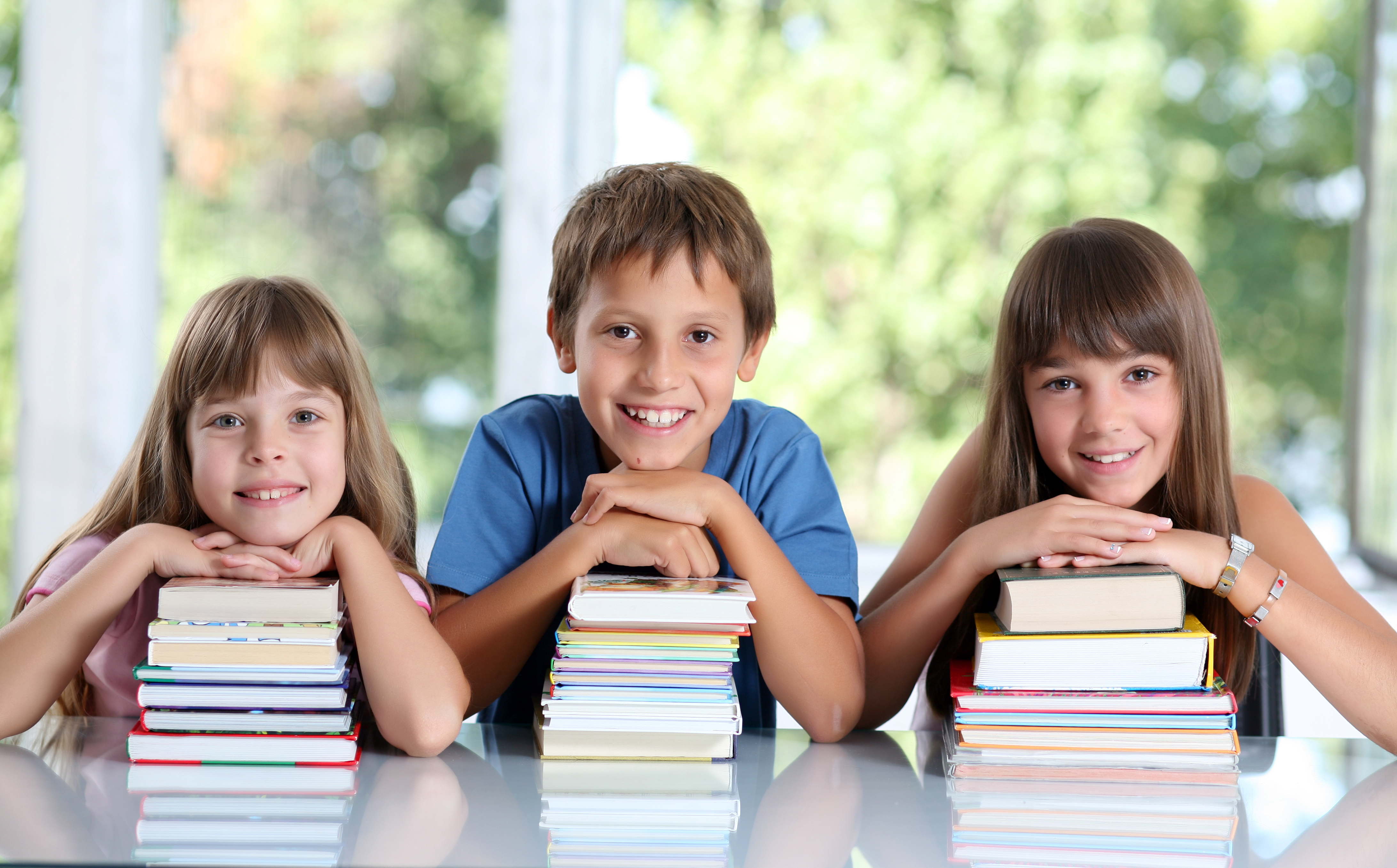 Elevii de clasa a V-a ar putea avea mai puține ore de română