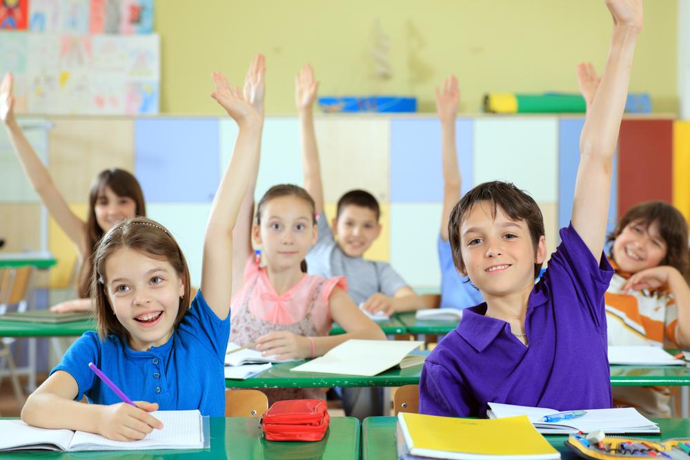Elevii s-au intors la scoala. Cand intra din nou in vacanta?