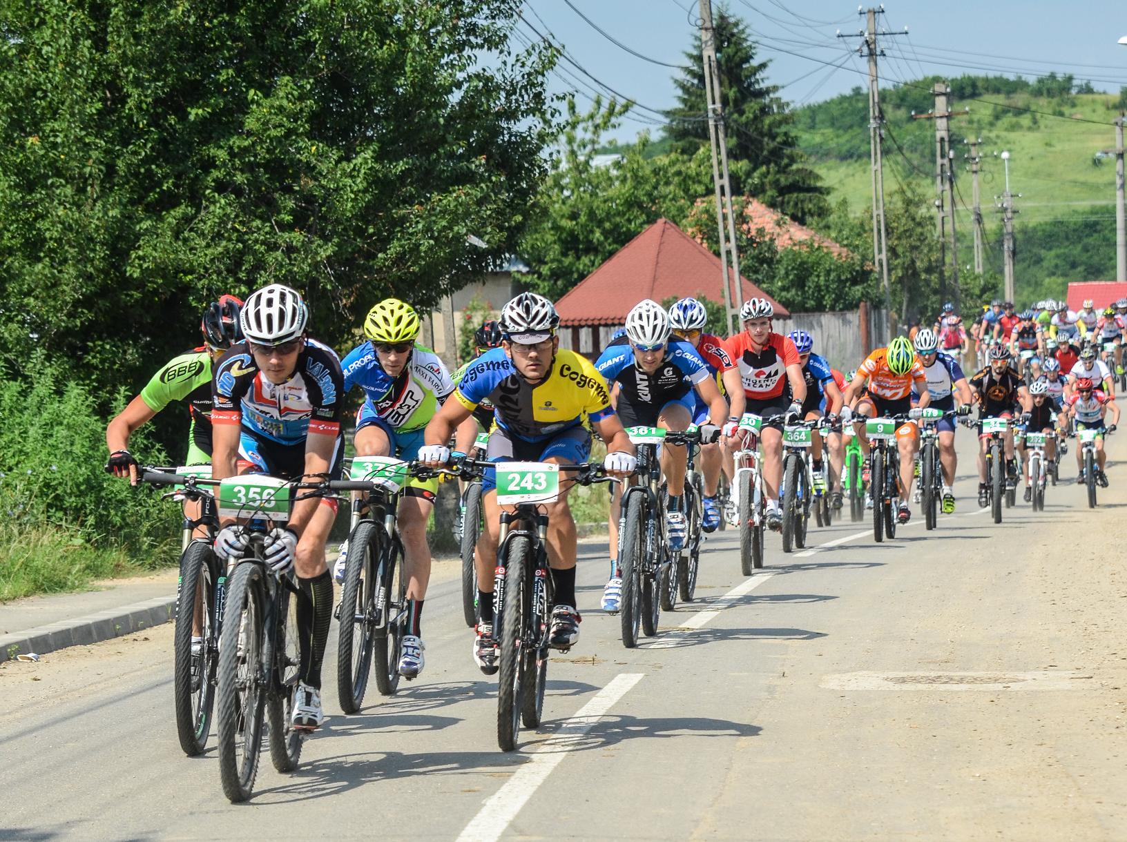 39 de curse și o super aventură vă așteaptă la TOPOLOVENI Summer Tour