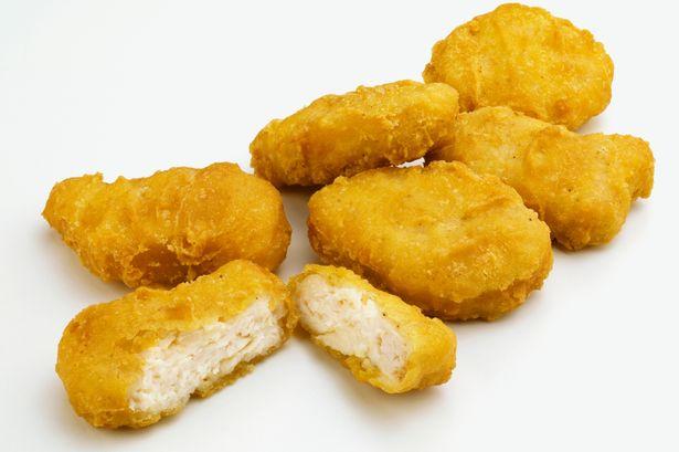 Toate furculitele sus! Se cauta Chicken Nugget Connoisseur