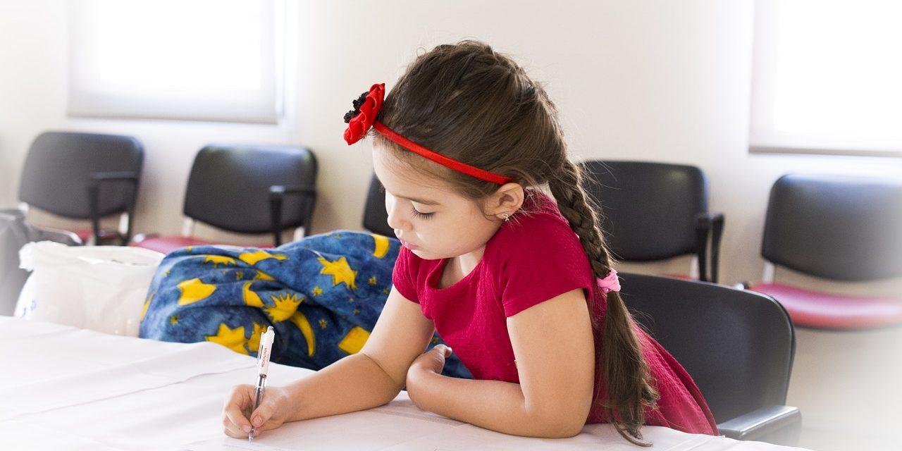 Copiii care nu tin pasul cu scoala vor face ore suplimentare