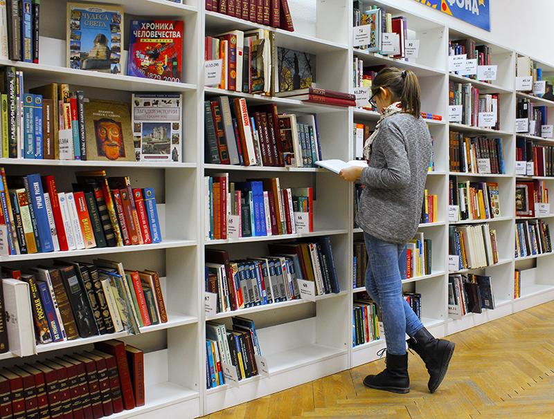 Elevii ar putea fi obligati sa stea mai multi ani la scoala