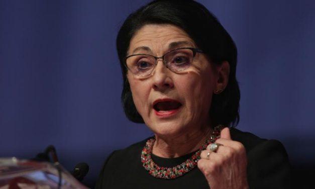 """Ministrul Educatiei vine cu """"solutii"""" dupa cea mai mica rata de promovare la BAC din ultimii ani"""