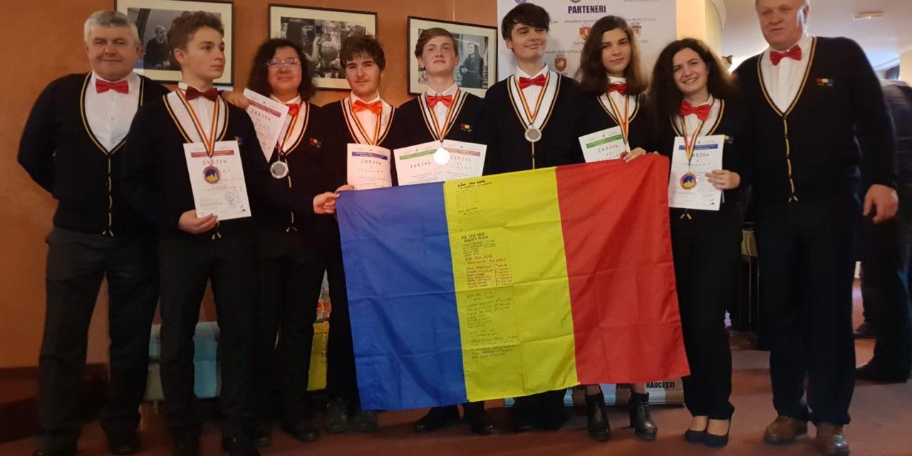 Romania a cucerit sapte medalii la Olimpiada Internationala de Astronomie 2019
