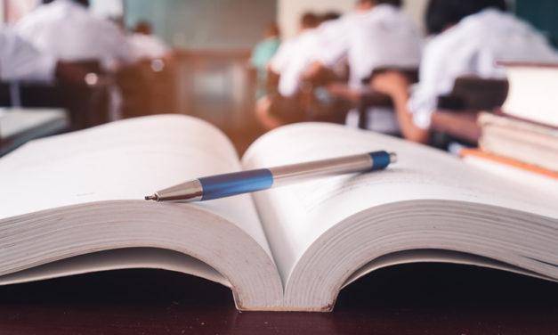 A fost promulgata legea privind reducerea numarului de ore la scoala