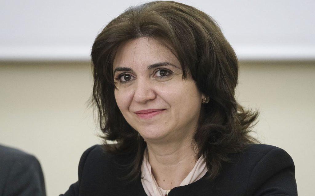 """Ministerul Educatiei propune extinderea programului """"Masa calda"""""""