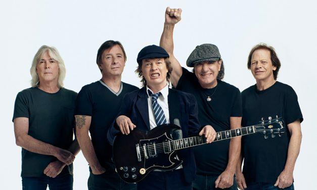 Premierul Florin Cîțu le-a urat succes elevilor care dau BAC-ul citand din AC/DC